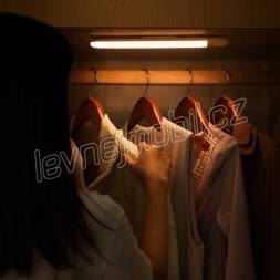 Baseus Home Sunshine Human body Induction wardrobe LED light+charging cable (Přírozené světlo)